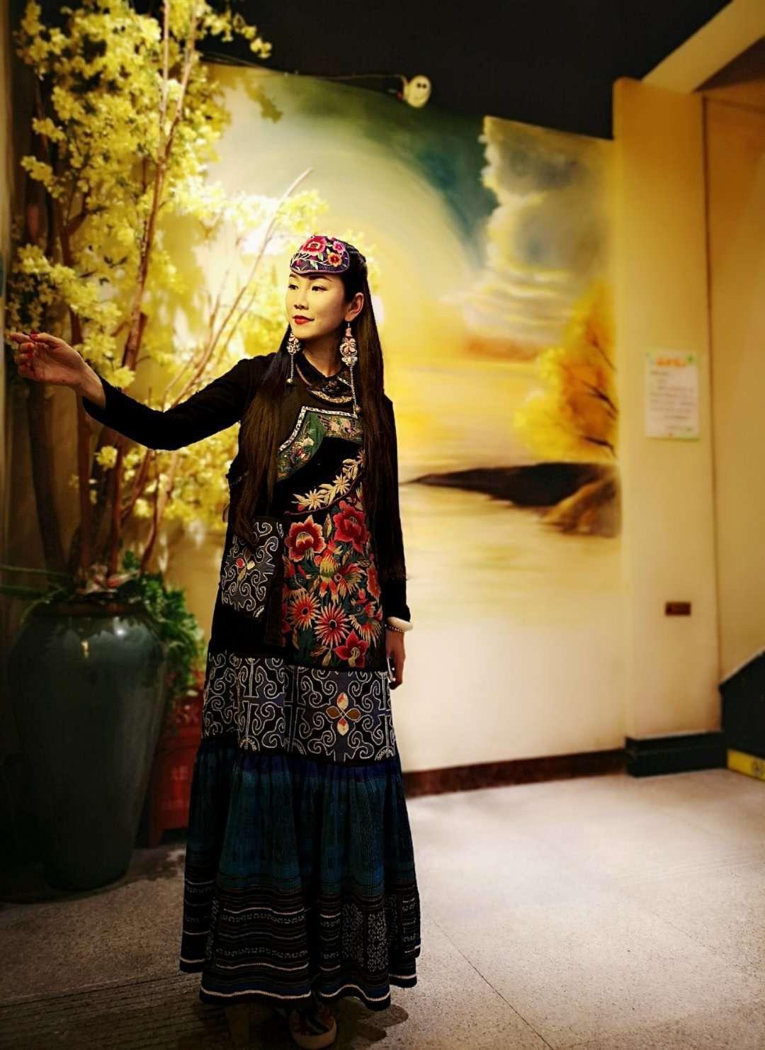 贵州老绣与时尚